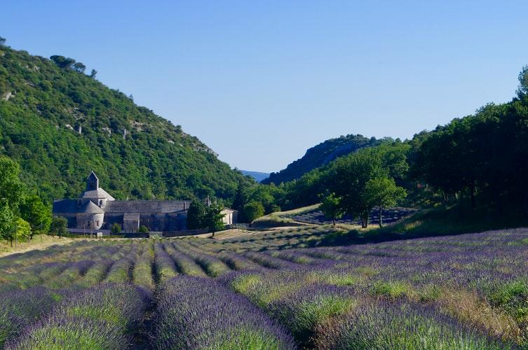 Nos régions que nous aimons tant : un petit air de Provence ☀️ 1